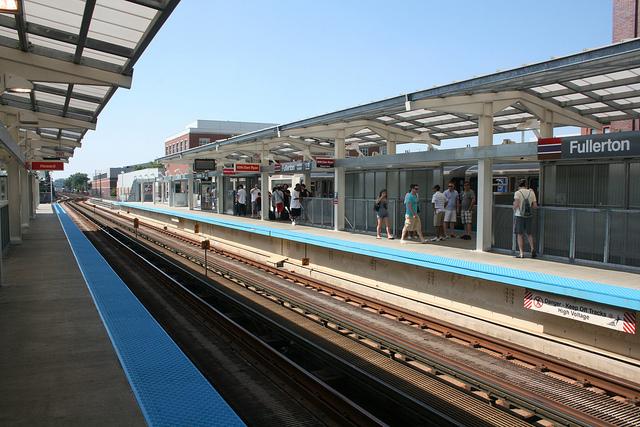 Fullerton L Station